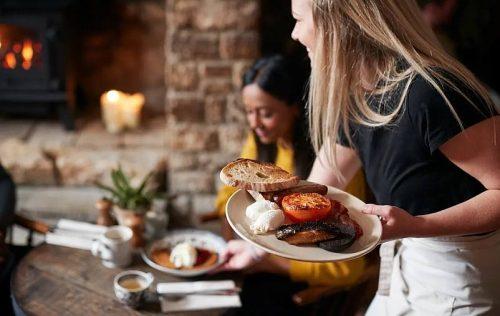 Hospitality Sector Collectively Pledges Net Zero Ambitions - TRAVELINDEX
